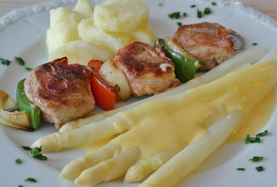 Spargel richtig kochen – so wird das Gemüse ein Hochgenuss