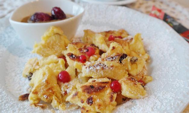 Kaiserschmarrn aus Österreich – ein etwas anderer Pfannkuchen