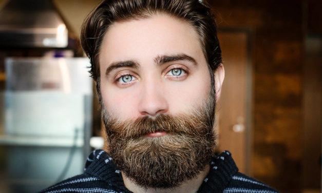 Shampoo, Schere, Kamm – das braucht Mann für einen gepflegten Bart