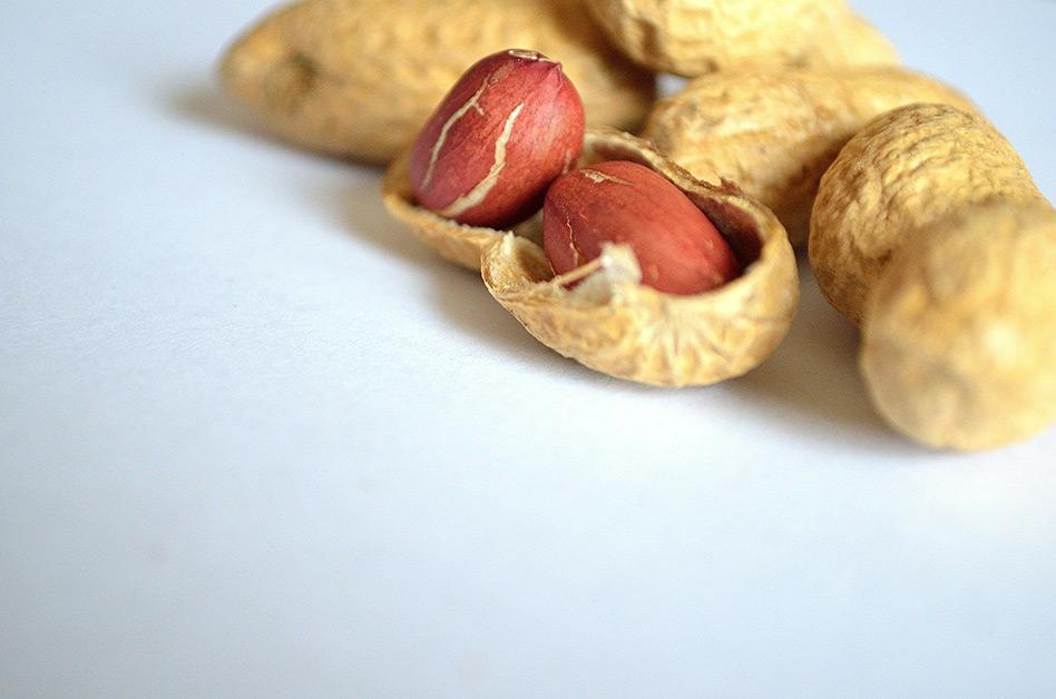 Gesundes Erdnussöl – geeignet für Küche, Kosmetik und Medizin