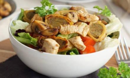 Maultaschensalat mit Geflügel