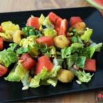 Melonensalat mit gebackenem Mozzarella