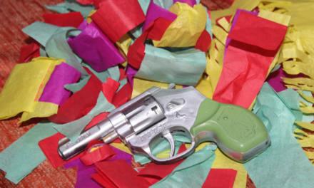 Spielzeugwaffen für Kinder – was sollten Eltern beachten?