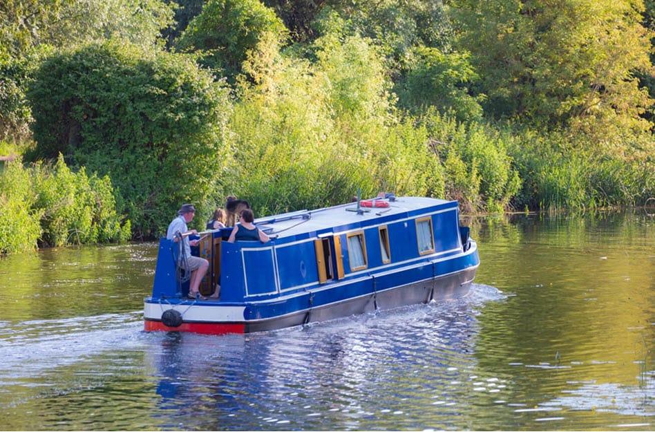 Ferien auf dem Hausboot – Erholung auf dem Wasser
