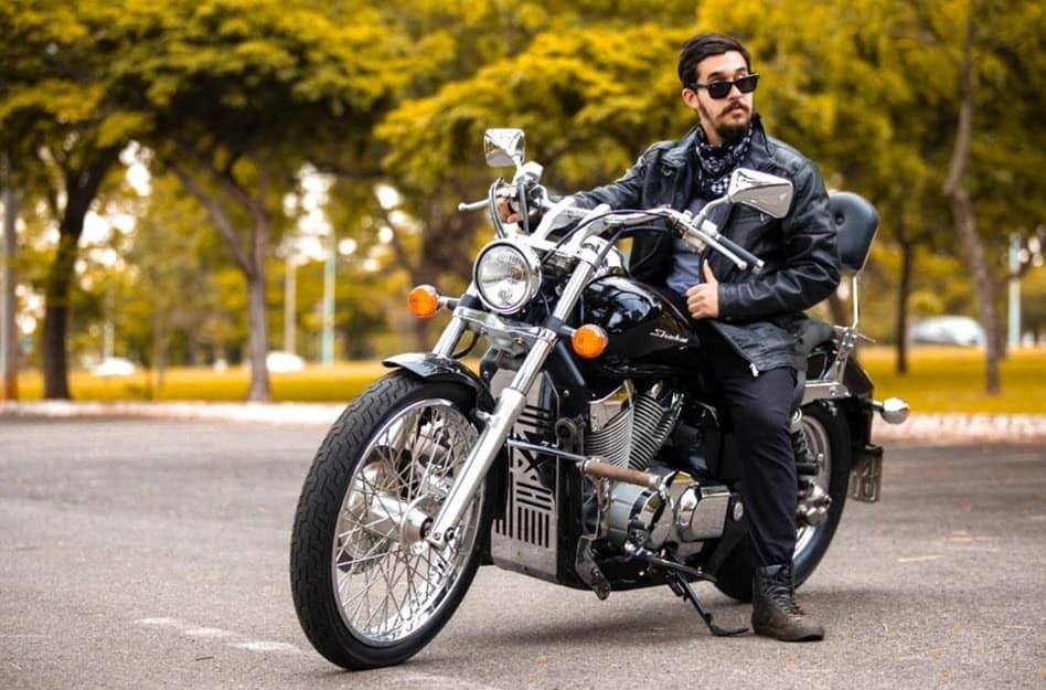 Stylische Motorradbekleidung für Biker